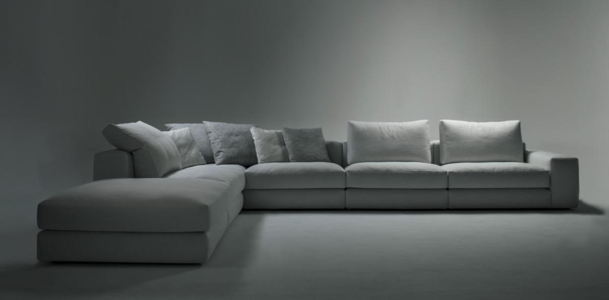 sofá gris moderno